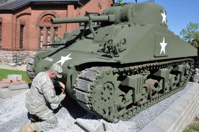 Tank Restoration Teaches NY Soldiers History