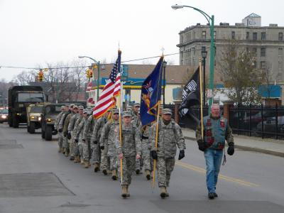 Soldiers March Across Buffalo to Collect Food for Hungry