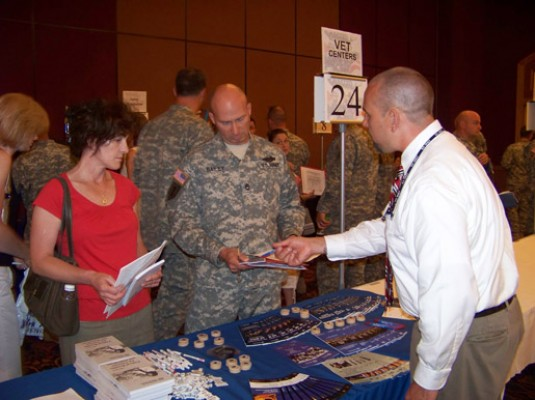 Soldiers and Family Members Receive Reintegration Information in Buffalo, N.Y.