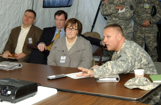 Visiting Aviation Troops During Vigilant Guard