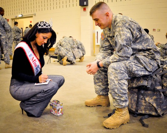 Miss Westchester County Visits Soldiers