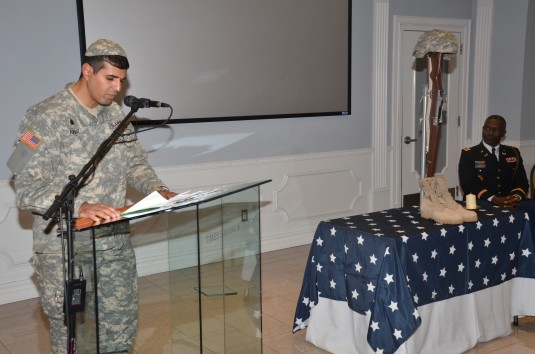 NewYork Army National Guard Jewish Chaplain praying.