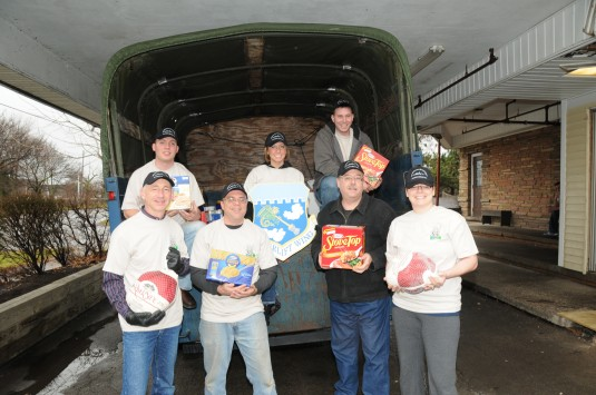 Airmen unload truck at NIagara Falls Community Mission