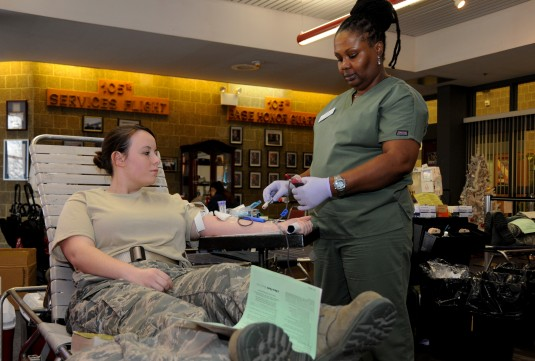 105th Airmen Give Blood for Holidays