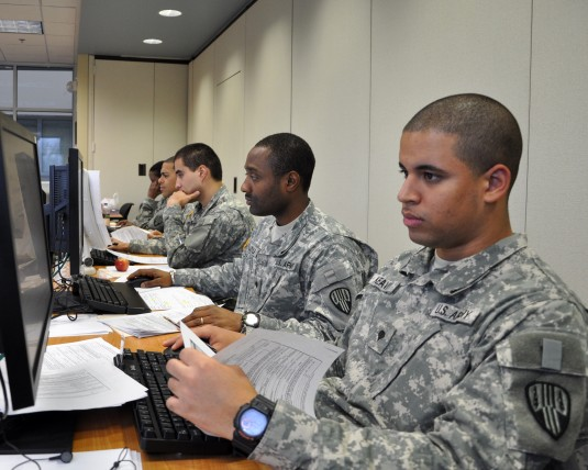 Finance Soldiers Process Hurricane Sandy Pay