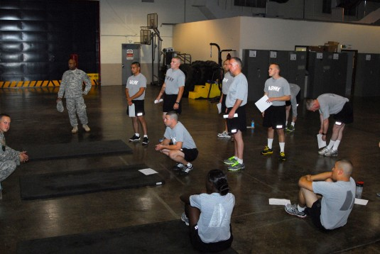 New York Army National Guard Soldiers assigned to the 42nd Infantry Division headquarters take the Army Physical Fitness Test during weekend drill on Saturday, Sept. 6, at the Glenmore Road Armory here.