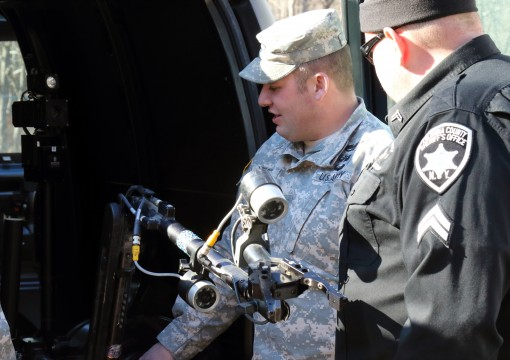EOD Soldiers Train local police