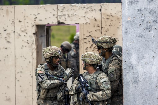 69th Infantry Soldiers prepare for assault at Polk