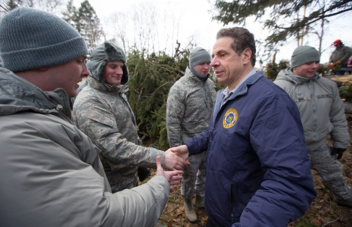 Governor Greets Guard Airmen