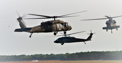 UH-60s assigned to the New York Army National Guard's Bravo Company, 3rd Battalion 142nd Aviation head towards Richmond, Va. on Monday, Sept. 11, 2017 on the first leg of a two day trip to Jacksonville, Fl. A total of 10 aircraft from flight faciliti