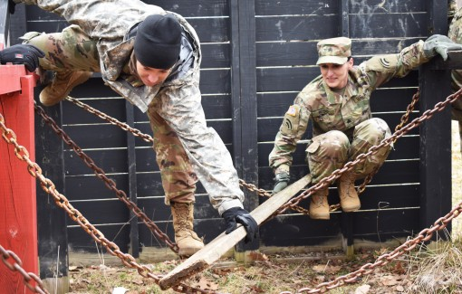 Troops train on leader reaction course