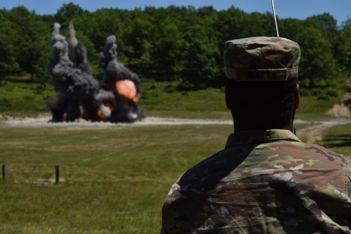 EOD Soldiers conduct annual trainig