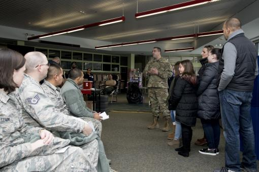 105th Airmen give blood