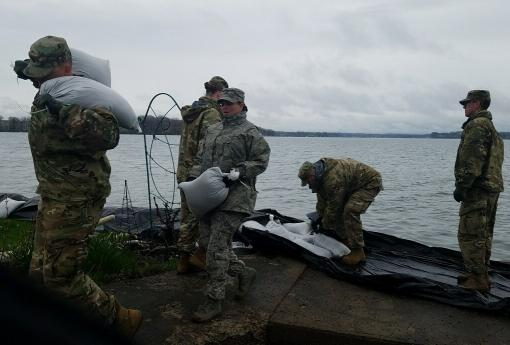 Soldiers, Airmen protect Lake Ontario shoreline