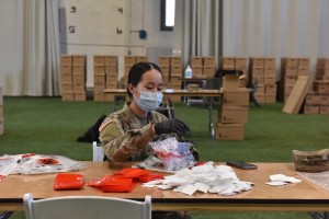 NY Naitonal Guard Soldiers, Airmen fight virus by assembling test kits