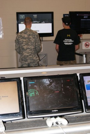 Gaming Fans Come to Soldier Readiness Center