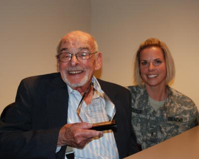 Holocaust survivor and World War II veteran speaks to New York National Guard Soldiers and Airmen