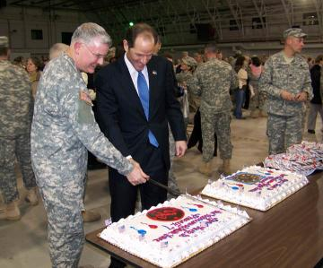 Governor Bids Farewell to Deploying Soldiers