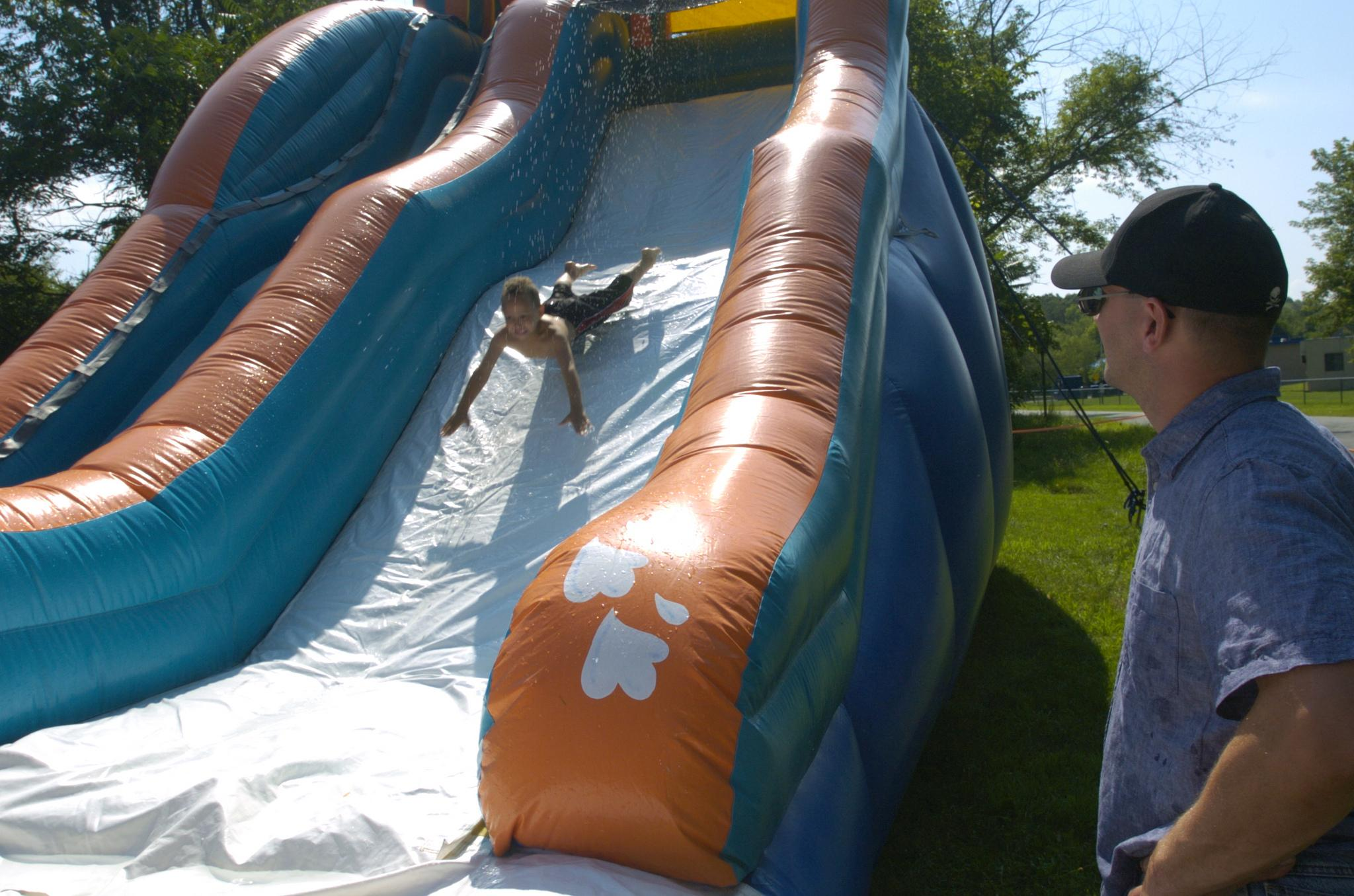 42nd Infantry Division Soldiers have fun in the sun during family day